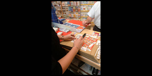 La Poste se plaît dans les magasins - La Libre
