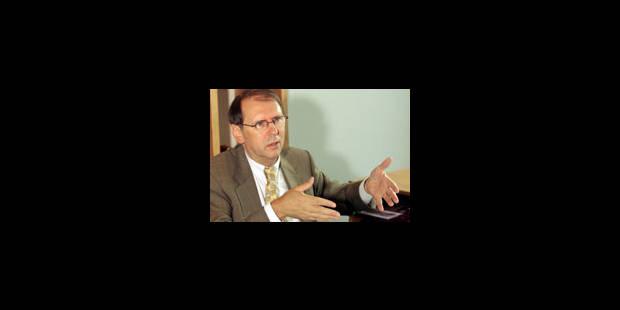 Bilan mitigé pour l'industrie technologique en 2004-2005 - La Libre