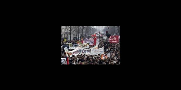 La rue se mobilise contre le CPE - La Libre