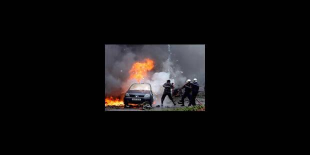 Bain de sang à Alger - La Libre