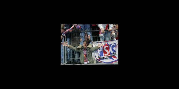 Banderole raciste: 92 supporters interdits de stade - La Libre
