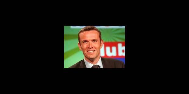 Laurent Haulotte arrête la présentation du JT - La Libre