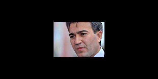 Emir Kir poursuit sa politique - La Libre