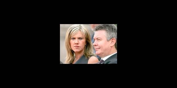 De Gucht nie avoir transmis des informations - La Libre