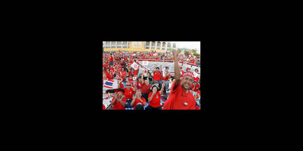 Rassemblement de milliers de partisans du pouvoir - La Libre