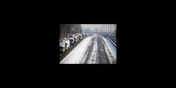 Bus perturbés et embouteillages sur les autoroutes - La Libre