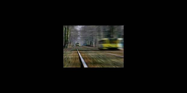 Collision entre deux trams à Molenbeek: la circulation est rétablie - La Libre