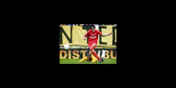 Bryan Ruiz offre le sacre à Twente - La Libre