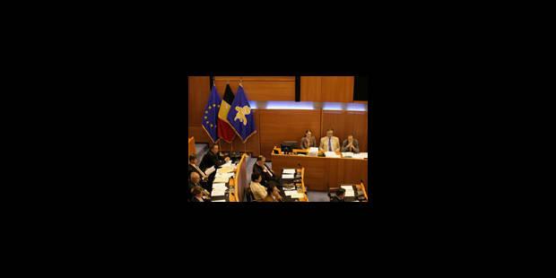 Parlement bruxellois: les indemnités pour fonctions spéciales vont diminuer - La Libre
