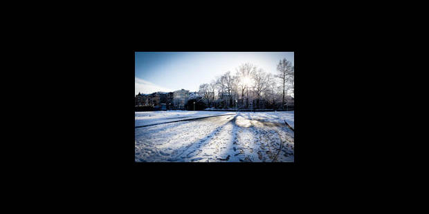 Nouvelles chutes de neige et perturbation du trafic - La Libre