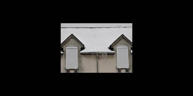 Des toits qui menacent dans toute la province de Luxembourg - La Libre