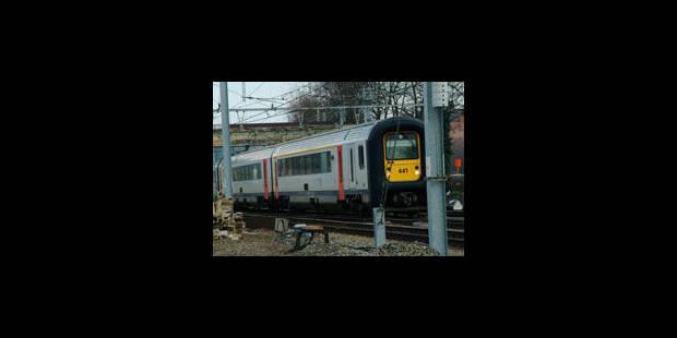 Le trafic des trains entre Bruxelles, Mons et Tournai momentanément interrompu - La Libre