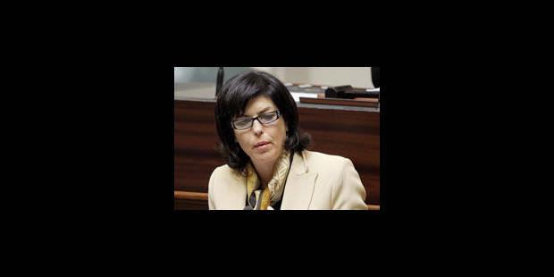 Milquet veut plus de contrôles sur le respect des lois anti-discrimination - La Libre