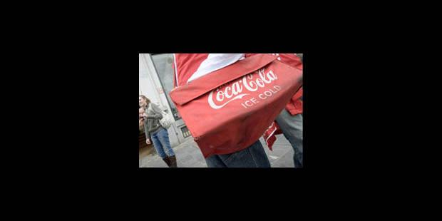 Coca-Cola: chauffeurs bloquent le site d'Aartselaar, arrêt de travail à Zwijnaarde - La Libre