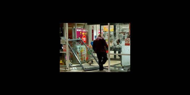 """Destexhe : """"Les émeutes de Londres sont possibles à Bruxelles"""" - La Libre"""