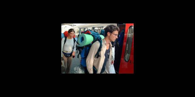 Les gares de Lembeek et Buizingen rouvertes aux voyageurs - La Libre