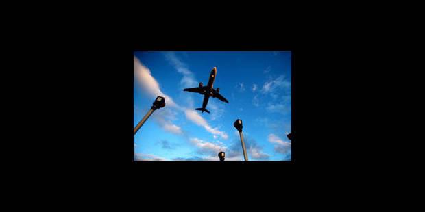 Les compagnies aériennes polluent, leurs passagers vont payer - La Libre