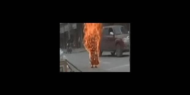 Nouvelle tentative d'immolation par le feu d'un Tibétain - La Libre