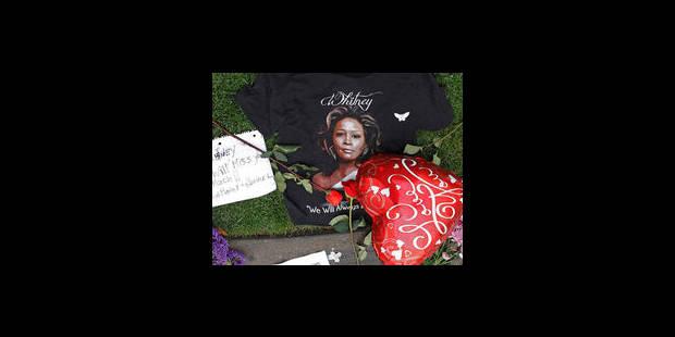 """Whitney Houston a été retrouvée """"inconsciente"""" dans sa baignoire - La Libre"""