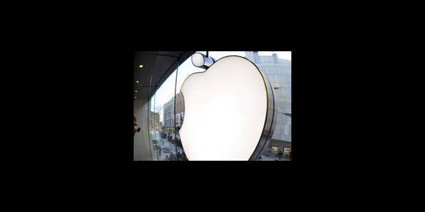 Apple se met à rémunérer ses actionnaires, prudemment - La Libre