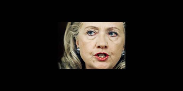 """Clinton: """"Un attentat perpétré par un petit groupe sauvage"""" - La Libre"""