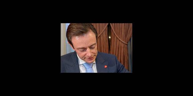 La N-VA bouleverse les majorités flamandes - La Libre