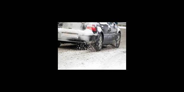Le verglas peut rendre les routes dangereuses par endroits - La Libre