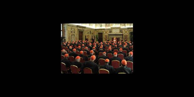 """Derniers tweets des cardinaux avant """"le grand silence"""" du conclave - La Libre"""