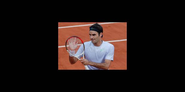 Federer évite la catastrophe et file en quarts pour la 36e fois consécutive - La Libre