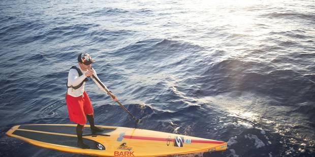 Un Américain traverse le détroit de Floride en paddleboard - La Libre