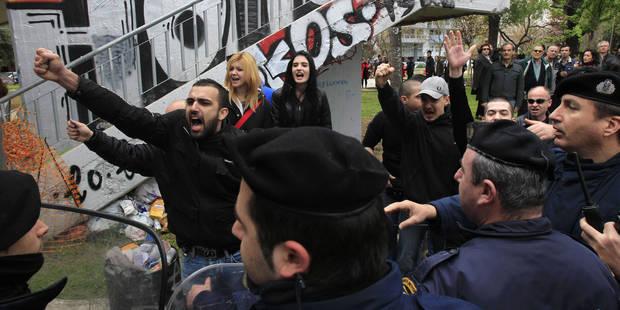 Aube Dorée se vautre dans l'antisémitisme - La Libre