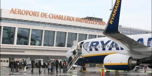 Ils volent pour pas cher grâce à Ryanair - La Libre