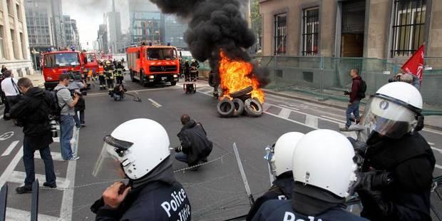 """Outre le centre de Bruxelles, les pompiers prêts à bloquer """"gares et aéroport"""" - La Libre"""