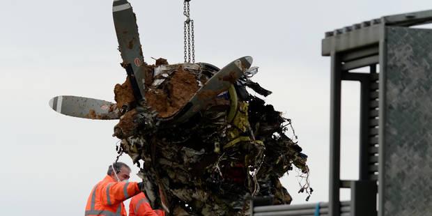 Drame de Fernelmont: une aile retrouvée à plusieurs centaines de mètres du lieu d'impact - La Libre