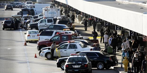 Une fusillade fait un mort à l'aéroport de Los Angeles - La Libre