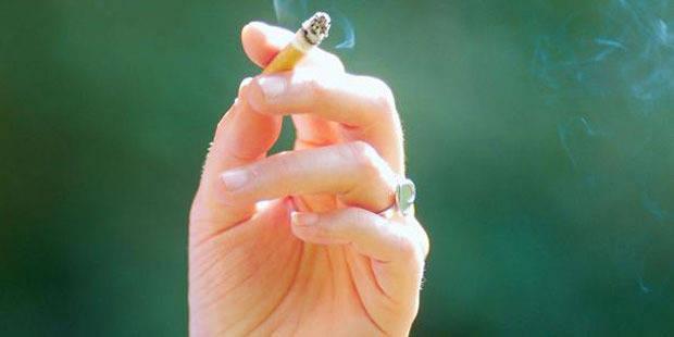 La cigarette bientôt bannie des grandes surfaces et des night shops ? - La Libre
