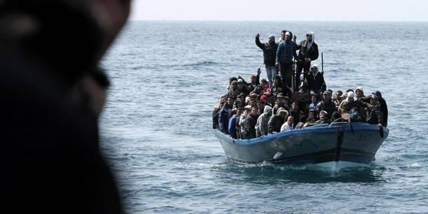 Trois migrants rescapés portent plainte à Bruxelles - La Libre