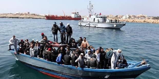 L'UE veut empêcher les migrants d'embarquer en Méditerranée - La Libre