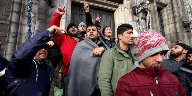 Après Mons, 200 Afghans en route vers Gand - La Libre