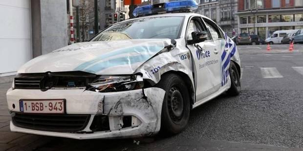 Molenbeek: quarante jeunes prennent une patrouille de police à partie - La Libre