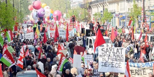 Paris: des milliers de manifestants d'extrême gauche demandent un changement de politique - La Libre