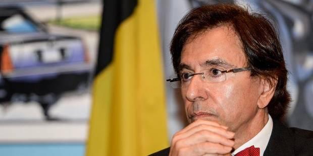 Restructuration à Obour: Elio Di Rupo déplore la méthode d'Holcim - La Libre