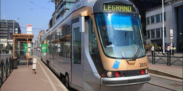 Collision: la circulation des trams 93 et 94 perturbée - La Libre