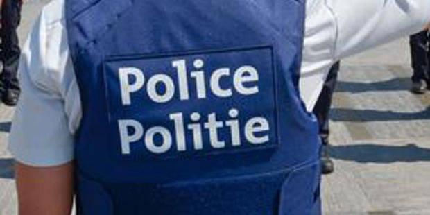 Deux policiers bruxellois inculpés pour traitement inhumain - La Libre
