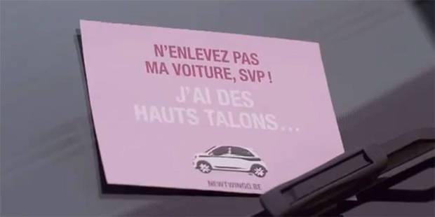 Rouge à lèvres dans le sac, mais rien dans la tête: Renault choque avec une pub sexiste - La Libre