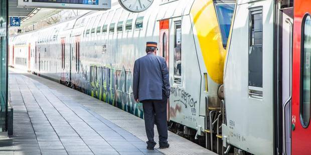 SNCB : un service minimum en cas de grève sauvage, avec sanctions financières - La Libre