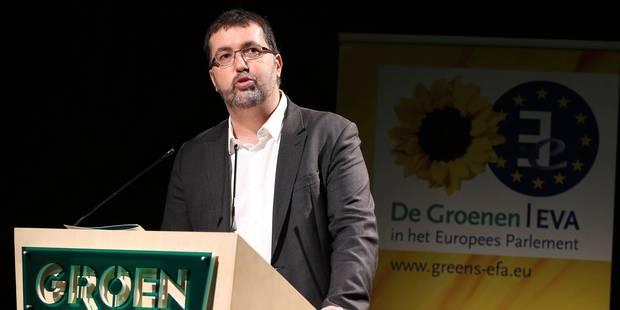 Van Besien critique les gouvernements de droite sur le volet économique - La Libre