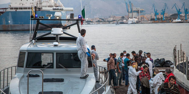 Naufrage: 700 migrants portés disparus en Méditerranée suite à deux naufrages - La Libre