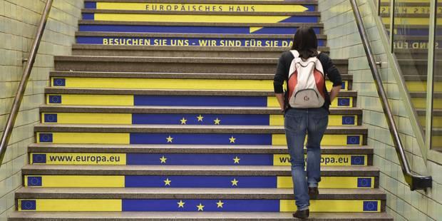 """""""Le traité budgétaire européen viole la Constitution belge"""" - La Libre"""