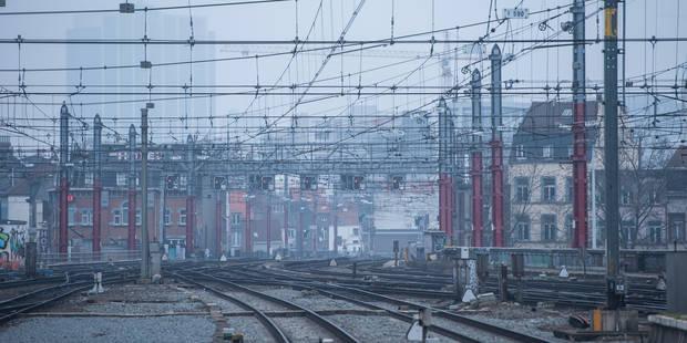 Le risque est grand de ne pas voir rouler les trains en cas de black-out - La Libre